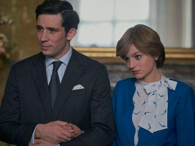The Crown svela i suoi nuovi Diana e Carlo: le immagini inedite dal set della quinta