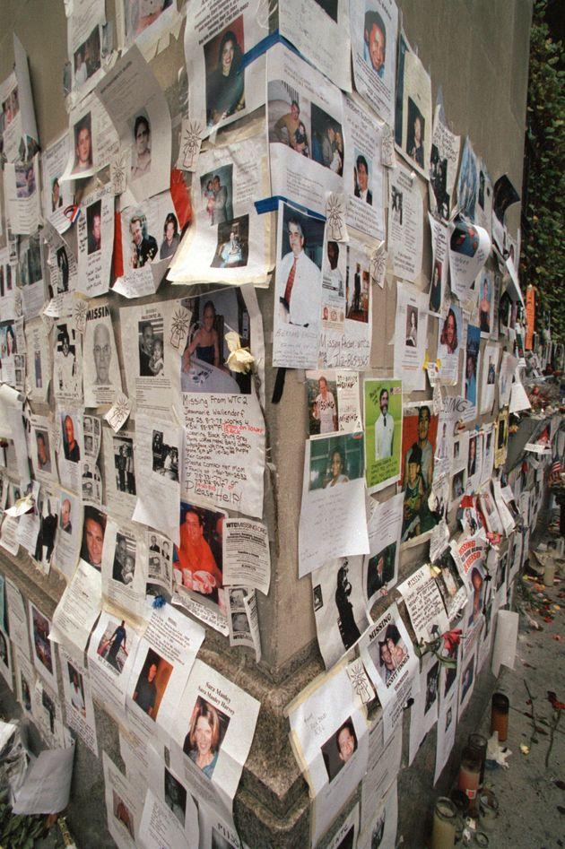 行方不明者の情報を求める貼り紙