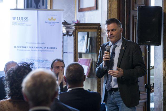 Il Senatore Paolo Saviane
