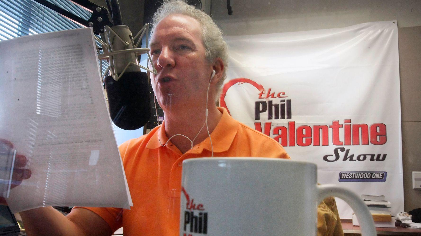 Conservative Radio Host Phil Valentine Dies After COVID-19 Illness
