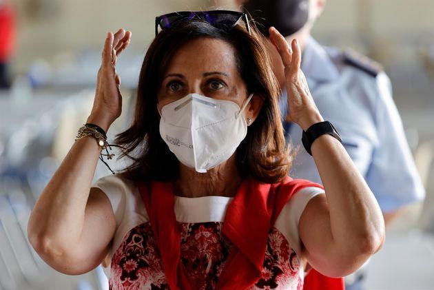Margarita Robles, ministra de Defensa, en la base de Torrejón de Ardoz