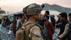 Biden cree viable acabar la evacuación de Kabul el 31 de agosto entre avisos de ataques del