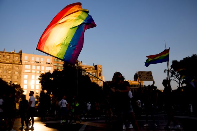 Manifestación contra la homofobia en