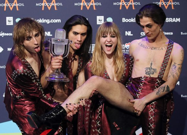 ROTTERDAM, NETHERLANDS - MAY 23, 2021: Thomas Raggi, Ethan Torchio, Victoria De Angelis and Damiano David (L-R) of the Maneskin rock band representing Italy, the winners of the 2021 Eurovision Song Contest Final, pose with the trophy during a news conference at the Rotterdam Ahoy Arena. Vyacheslav Prokofyev/TASS (Photo by Vyacheslav Prokofyev\TASS via Getty Images)
