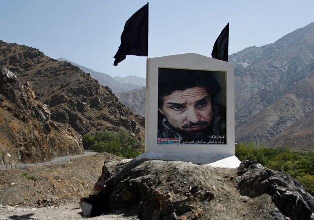 La vallée du Panshir a longtemps été défendue par l'emblématique commandant Massoud, dont le portrait...