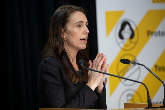 Αρντέρν: Ετσι κατάφερε η Νέα Ζηλανδία να περιορίσει τη μετάλλαξη