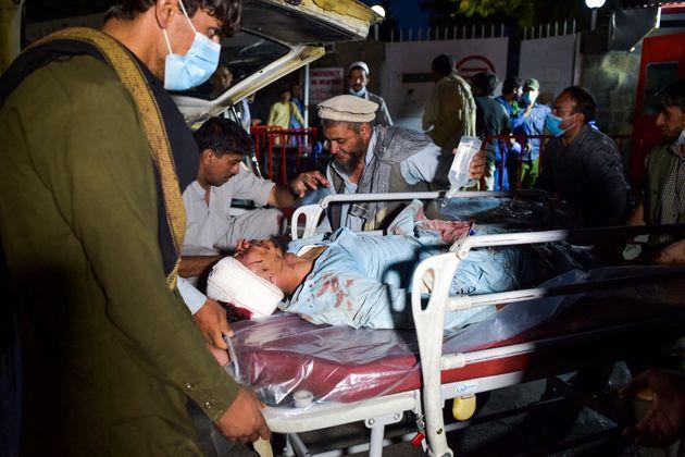 Las emergencias atienden a uno de los heridos graves tras las