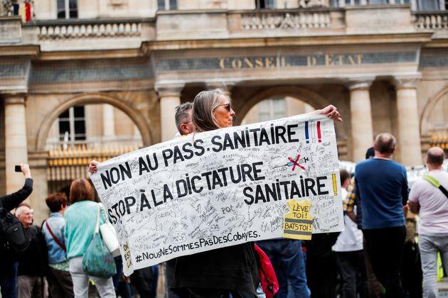 Photo d'illustration prise lors d'une manifestation contre le pass sanitaire le 4 août 2021 à...