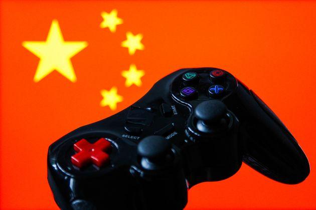 Κίνα: Βάζει όριο μίας ώρας στα online video games για τους
