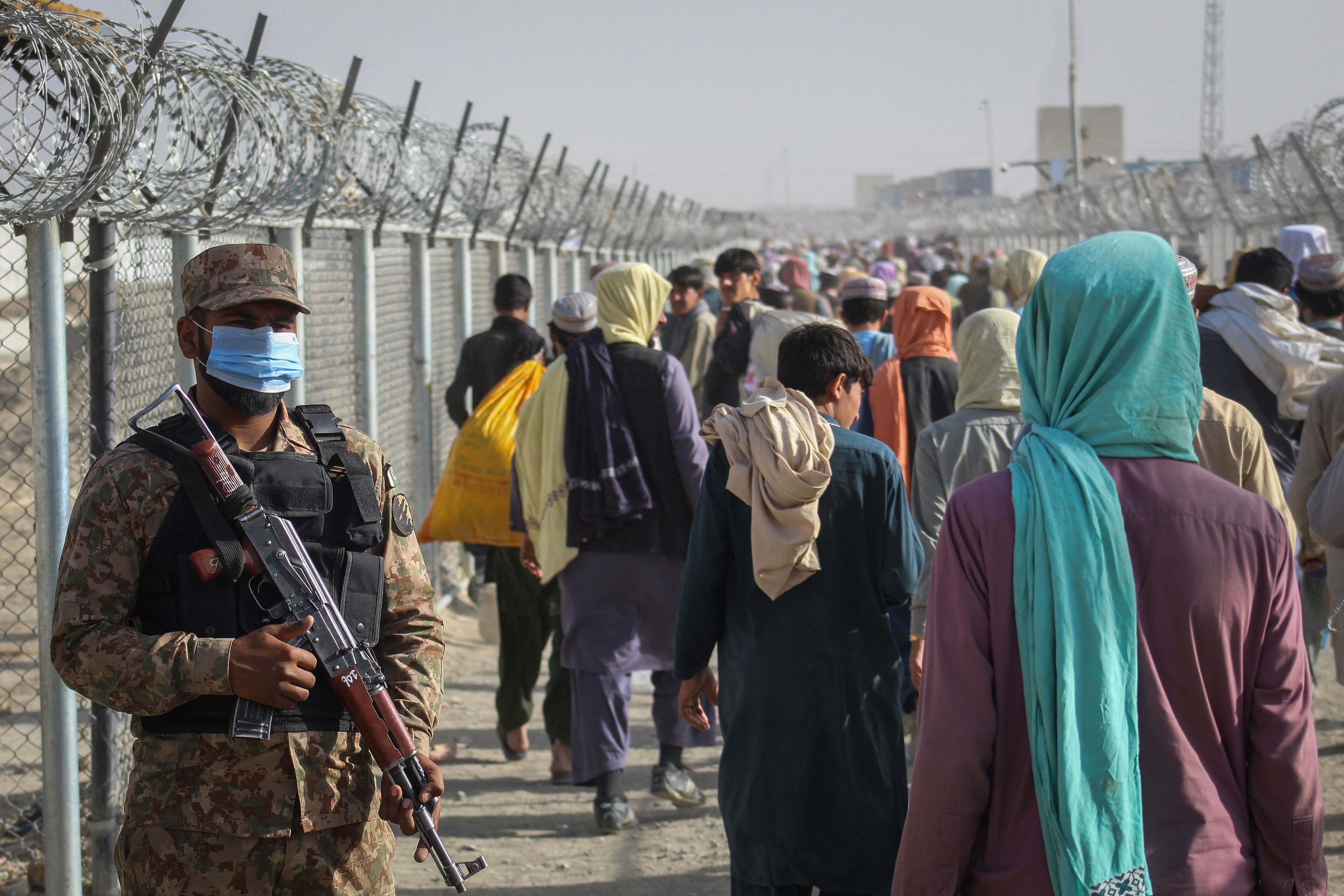Foreign Office To Help Trapped Afghans To Third Countries Before Transfer To UK