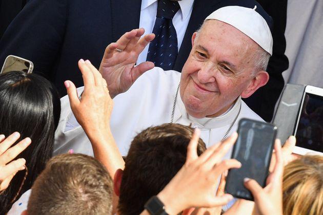 El papa Francisco llega a su audiencia semanal, el pasado 16 de junio, en el