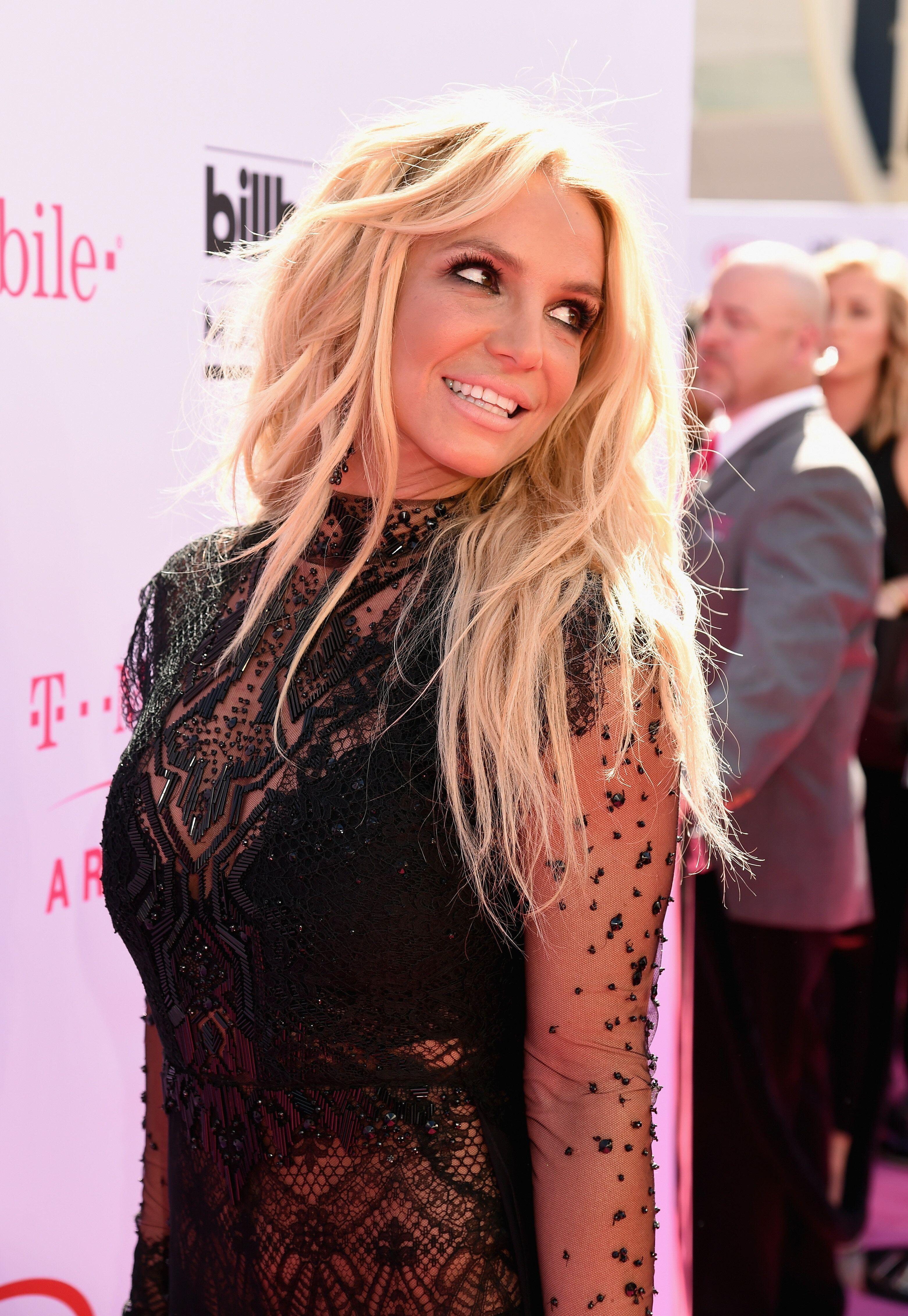 Britney Spears Accuses Father Jamie Of Trying To 'Extort' Money From Her