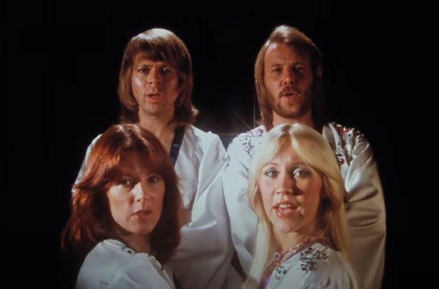 ABBA dans le clip de Money, money, money réédité en 4K en