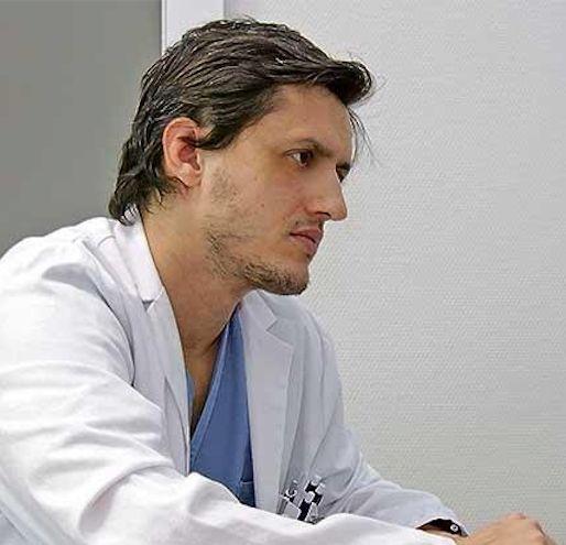 El doctor Juan José Segura-Sampedro.