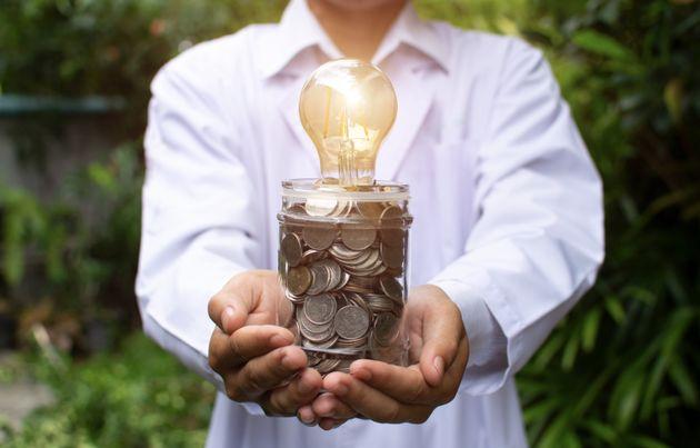 Arrojando luz sobre el precio de la luz: por qué estamos así y qué soluciones