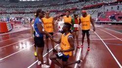 """レース直後、伴走者が選手にプロポーズ。ライバル選手も祝福した""""サプライズ""""に反響【東京パラリンピック】"""