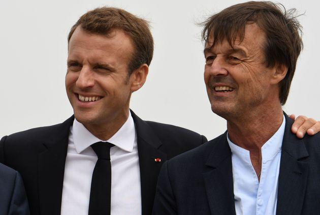 Le président Emmanuel Macron et l'ex-ministre de l'Ecologie Nicolas Hulot le 20 juin 2018 au Cap...