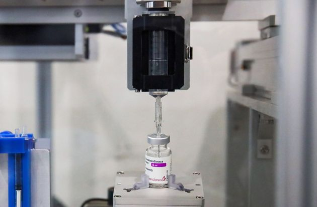 A vaccine extraction machine called AutoVacc, designed by the Chulalongkorn University's Biomedical Engineering Research Center to extract extra doses out of AstraZeneca vaccine vials, is seen in Bangkok, Thailand August 23, 2021. Picture taken August 23, 2021. REUTERS/Juarawee Kittisilpa