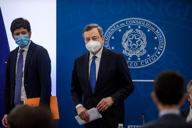 ROME, ITALY - MARCH 26: Italian Prime Minister Mario Draghi and Italian Minister of Health Roberto Speranza...