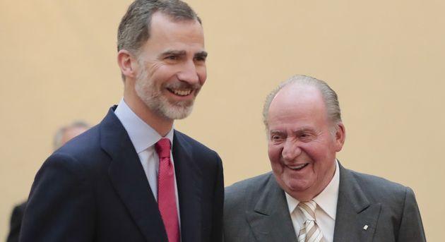 El rey Felipe VI y su padre, Juan Carlos I, se
