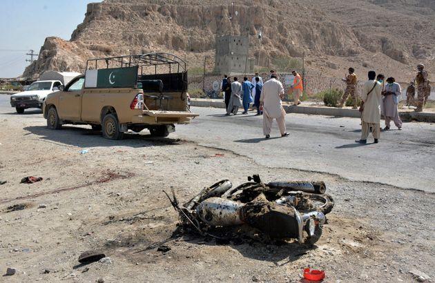 Επίθεση καμικάζι των Ταλιμπάν Πακιστάν - Νεκροί μέλη της Συνοριακής