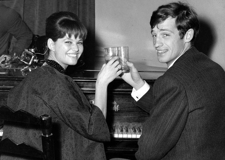 Belmondo, con Claudia Cardinale, en una imagen de archivo.