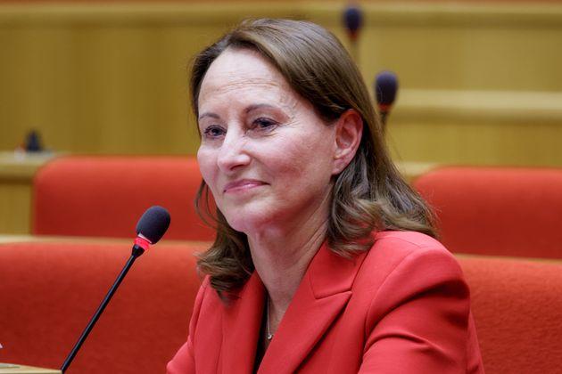Ségolène Royal photographiée au Sénat en juillet