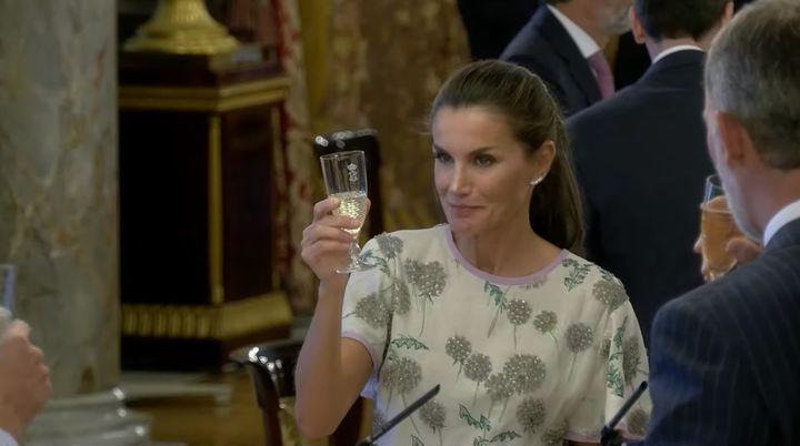 La reina Letizia, durante el almuerzo ofrecido en honor al presidente de la República de Chile, Sebastián Piñera.
