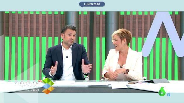 Iñaki López y Cristina Pardo en el plató de 'Más Vale