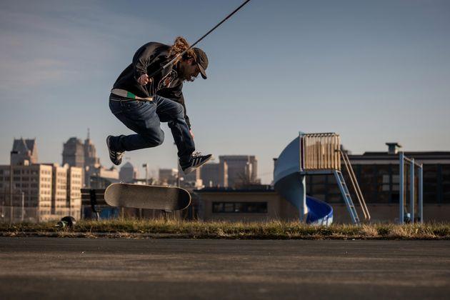 Skateboarding Location: Detroit Person / Team: Dan Mancina