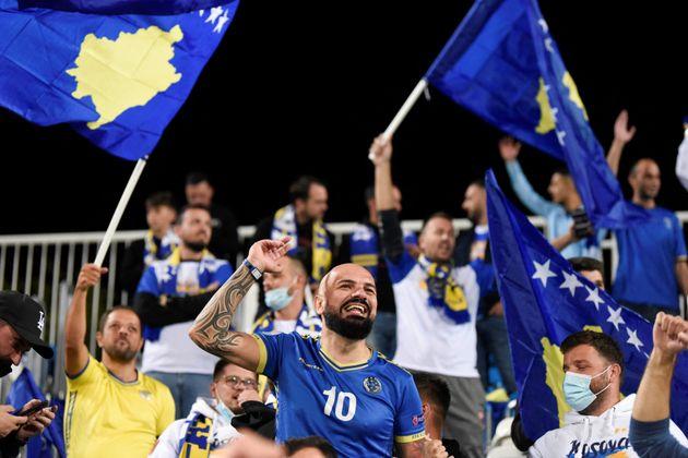 Aficionados de Kosovo en las