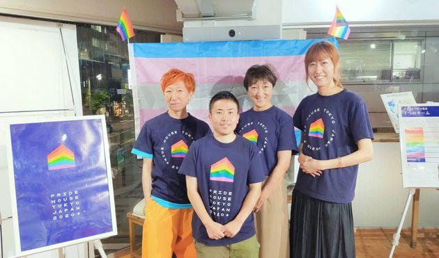 (左から)ジャンジさん、浅沼智也さん、小林りょう子さん、時枝穂さん。当事者や当事者家族としての視点から、「こういう場所があったらいいんじゃないか」とみんなで意見を出し合いながら運営しているそう