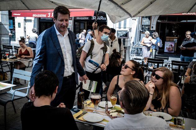 Le député du parti écologiste Les Verts (EELV) Yannick Jadot, candidat à...