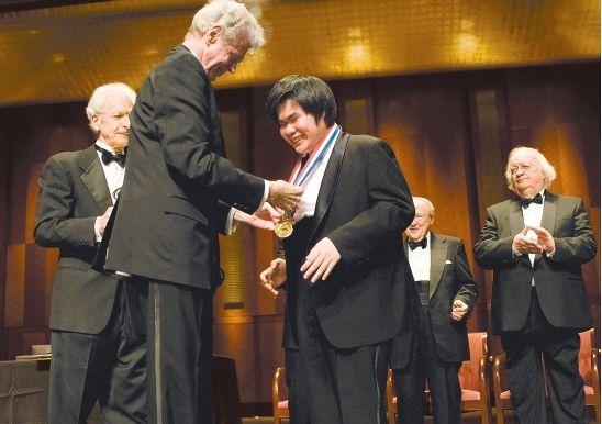2009年6月「第13回ヴァン・クライバーン国際ピアノ・コンクール」で日本人として初優勝