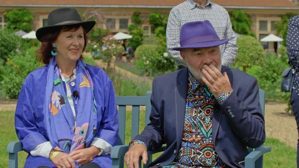 Stunned Antiques Roadshow Guest Reduced To Tears At Staggering Valuation Of Wooden Bowl He Bought For...