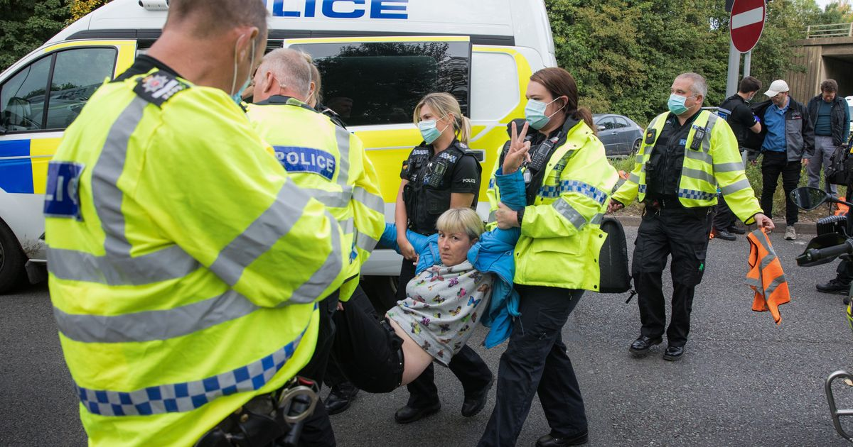 12 Insulate Britain Activists Arrested After Blocking M25 ...