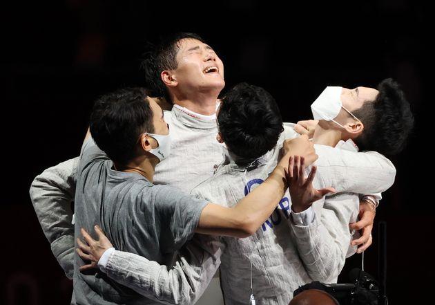 2020 도쿄 올림픽 펜싱 남자 사브르 단체전에서 금메달을 차지한