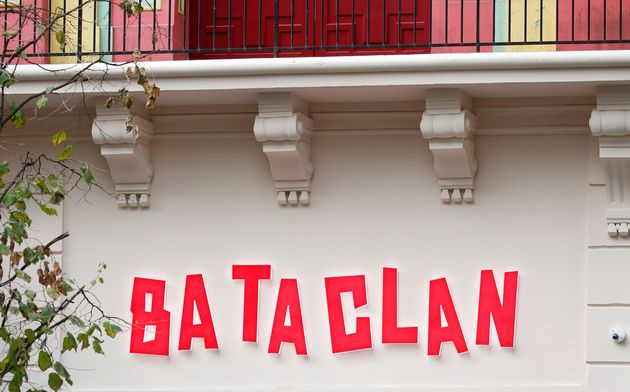 La façade du Bataclan, avant rénovations, le 27 octobre