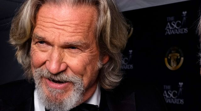 Jeff Bridges Says His Case Of COVID-19 Made Cancer 'Look Like A Piece Of Cake'.jpg