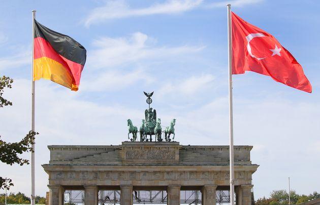 28βΣεπτέμβριου 2018 - Η Πύλη του Βρανδεμβούργου λίγο πριν την επίσκεψη του Ερντογάν στη Γερμανία