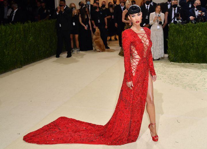 Megan Fox arrives for the 2021 Met Gala.