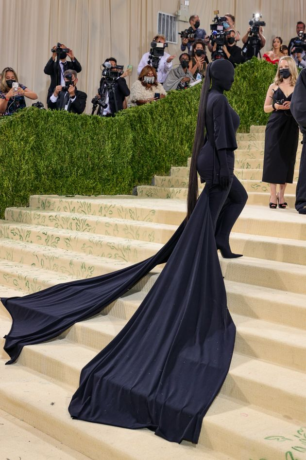 Kardashian's outfit byBalenciaga completely hid her famous