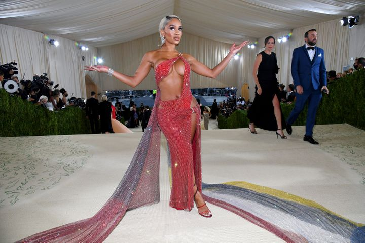 NEW YORK, NEW YORK - SEPTEMBER 13: Saweetie attends The 2021 Met Gala Celebrating In America: A Lexicon Of Fashion at Metropo