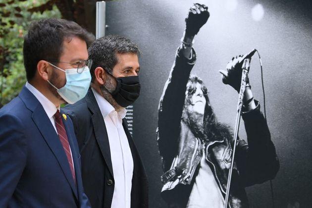 El presidente de la Generalitat, Pere Aragonès, de ERC, y el secretario general de JxCat, Jordi
