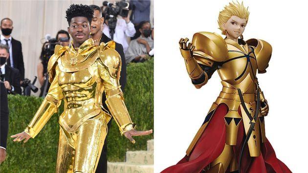 黄金の衣装で登場したリル・ナズ・X(左)と、Fate/Grand Orderに登場するギルガメッシュのフィギュア