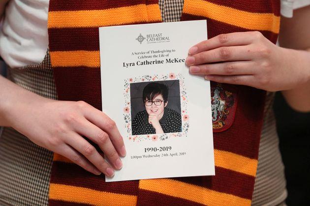 Βόρεια Ιρλανδία: Τέσσερις συλλήψεις για τον φόνο της δημοσιογράφου Λάιρα