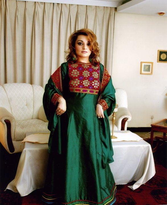 Η Αφγανή ιστορικός Μπαχάρ Τζαλάλι,