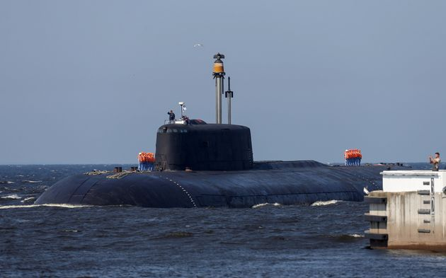 L'Australie torpille son méga-contrat à 56 milliards d'euros de sous-marins  français | Le HuffPost
