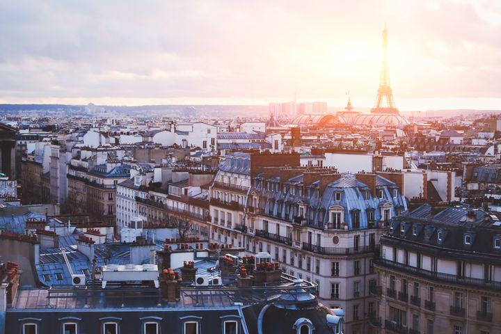 Ο ορίζοντας του Παρισιού και ο πύργος του Άιφελ