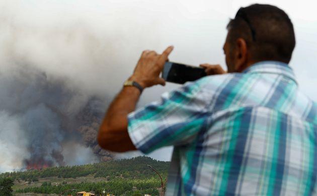 Τρομακτική έκρηξη του ηφαιστείου στο νησί Λα Πάλμα στην